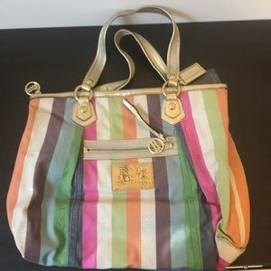 COACH poppy bag! Large tote!